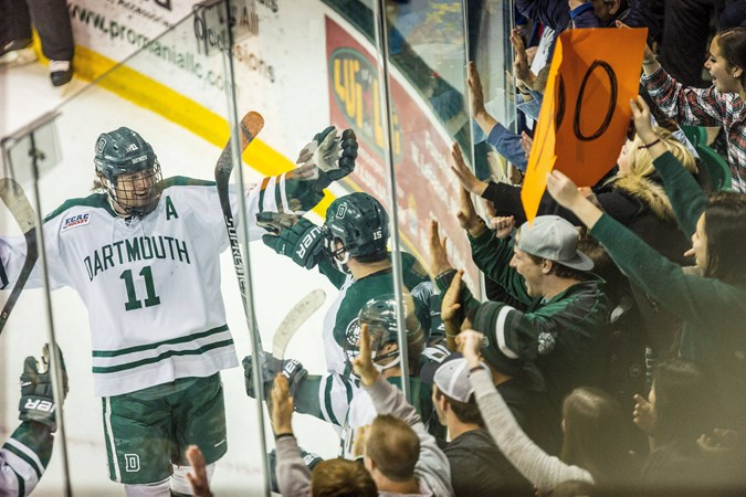 Dartmouth Defeats Princeton 3 1 In Front Of Raucous Crowd
